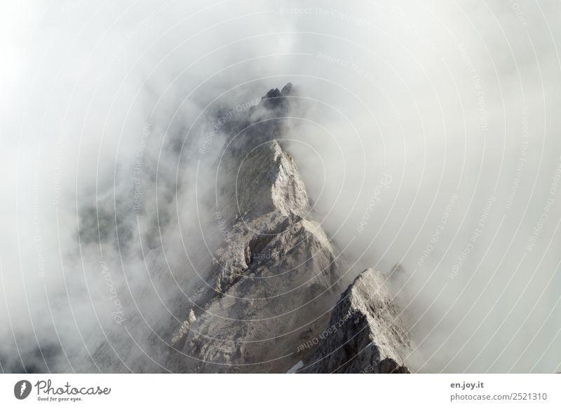 Spitzenaussicht Ferien & Urlaub & Reisen Ausflug Ferne Expedition Berge u. Gebirge Natur Landschaft Urelemente Wolken Klima Klimawandel Wetter Nebel Felsen
