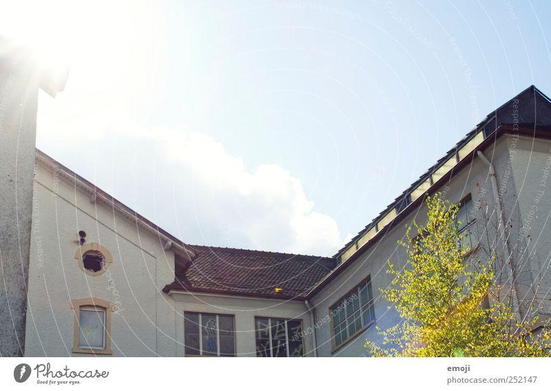 Innenhof alt Wand Fenster Mauer Gebäude Fassade Fabrik Industrieanlage