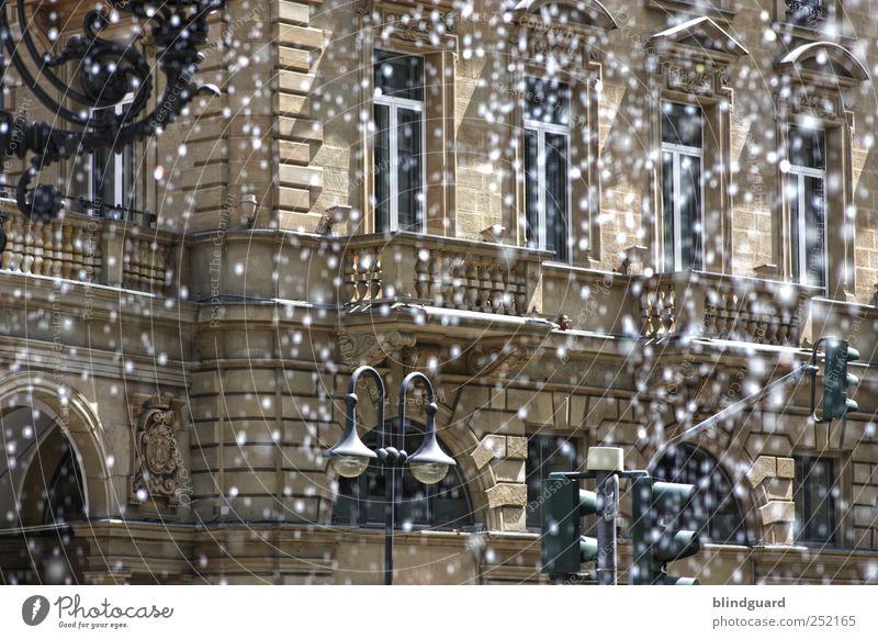 I Can't Stop The Rain Wasser weiß schwarz Haus Architektur Stein Metall Lampe Autofenster braun Wassertropfen Bauwerk Frankfurt am Main Bayern