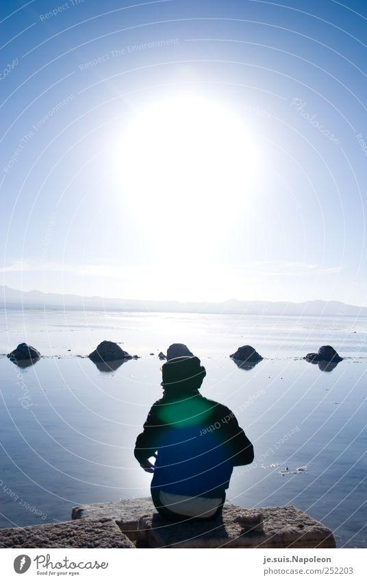 Salz & Sonne maskulin Kopf 1 Mensch Landschaft Erde Wasser Himmel Wolkenloser Himmel Sonnenaufgang Sonnenuntergang Sonnenlicht Schönes Wetter See Wüste Salzsee