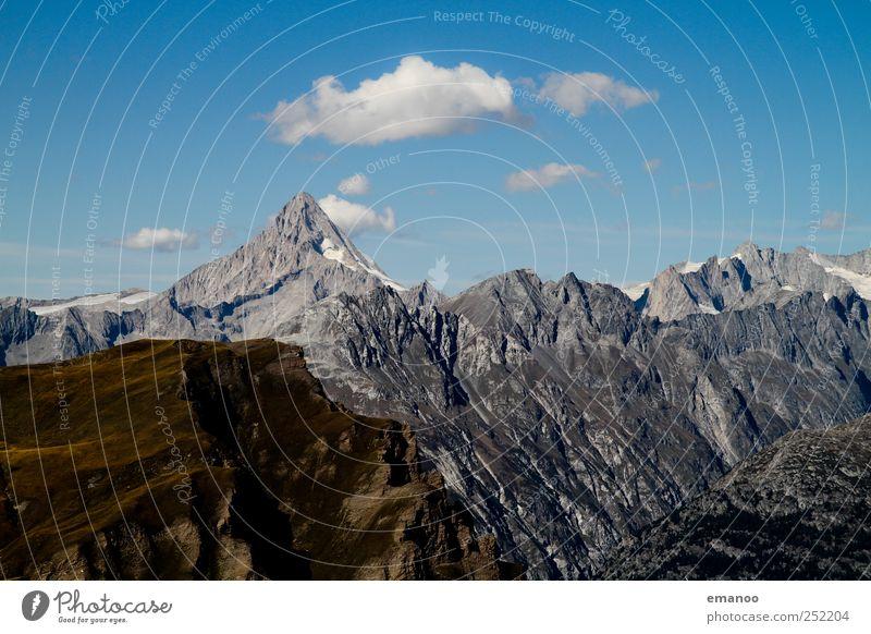 Bergkette Himmel Natur Sommer Ferien & Urlaub & Reisen Berge u. Gebirge Landschaft grau Wetter Felsen Ausflug wandern hoch Abenteuer Tourismus Erfolg bedrohlich