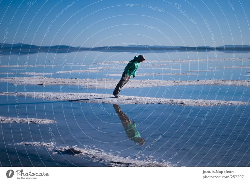 die magische Anziehungskraft... Mensch blau Wasser weiß grün Sonne Freude ruhig Ferne Landschaft Freiheit See Luft Erde Zufriedenheit glänzend