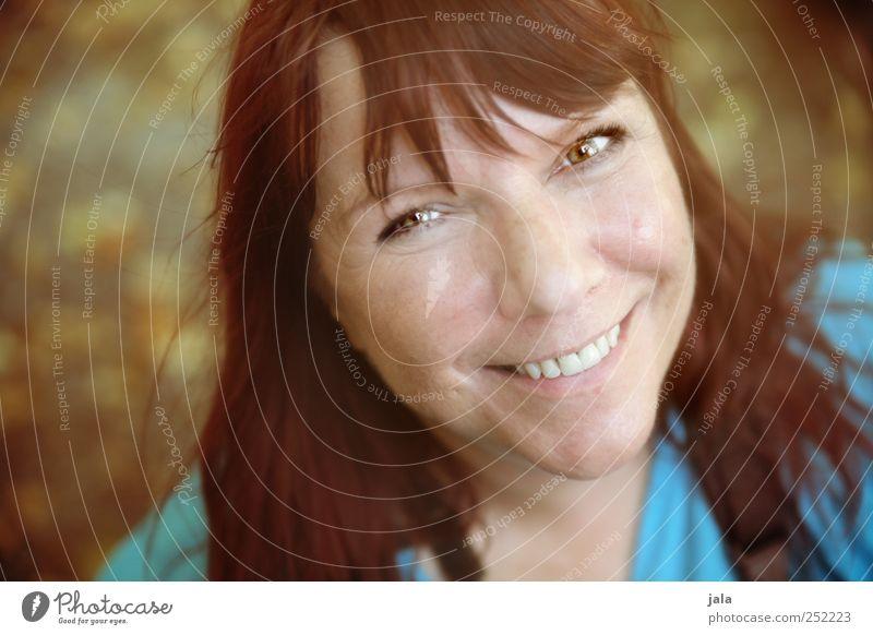 CHAMANSÜLZ | lebensfreude Mensch feminin Frau Erwachsene Gesicht 1 30-45 Jahre rothaarig langhaarig genießen Lächeln lachen Blick leuchten Freundlichkeit