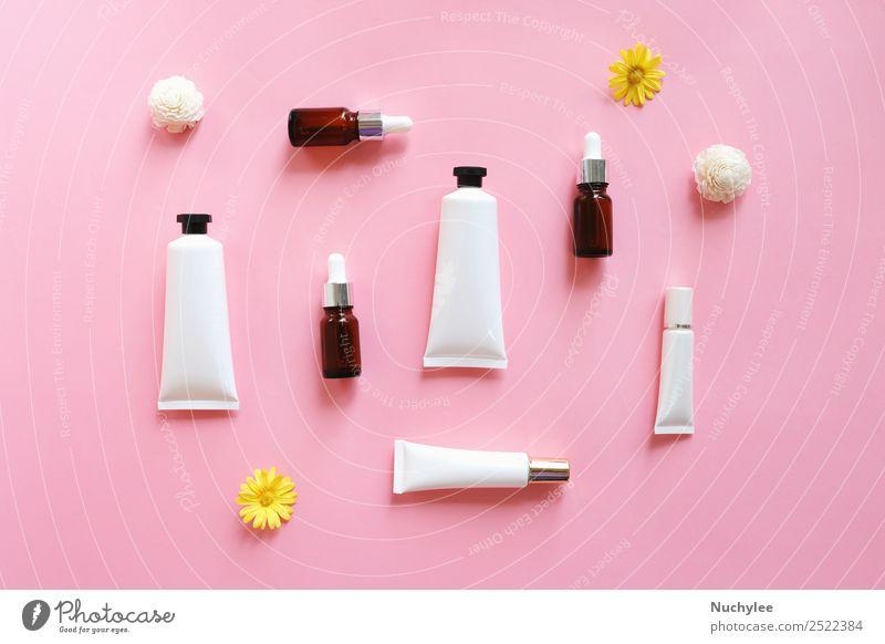 Flache Auflage verschiedener organischer Hautpflegeprodukte Flasche Körper Gesicht Kosmetik Creme Behandlung Medikament Spa Natur Pflanze Blume Blatt Container
