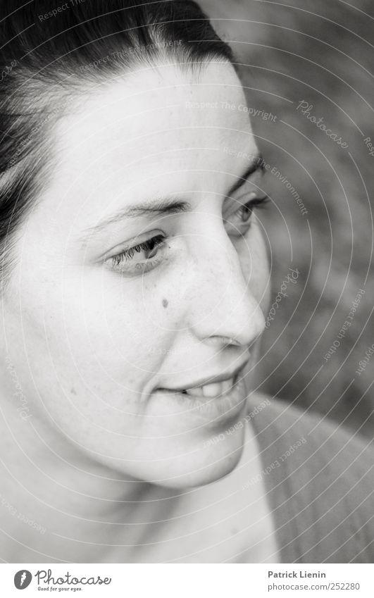 simply beautiful | Chamansülz Mensch Frau Jugendliche schön Gesicht Erwachsene Kopf Stil elegant Nase frei frisch außergewöhnlich ästhetisch verrückt Lifestyle