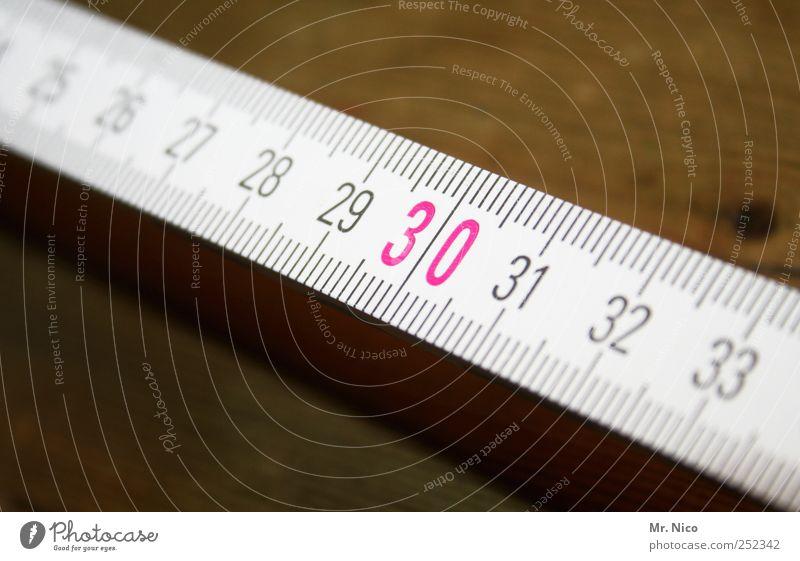 30 Renovieren Handwerker Arbeitsplatz Werkzeug Maßband Arbeit & Erwerbstätigkeit rot Countdown Maßeinheit messen Zollstock Zentimeter Freizeit & Hobby