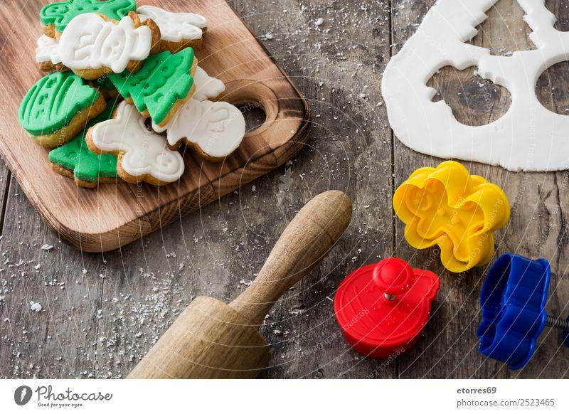 Weihnachtskekse auf Holzuntergrund Plätzchen Weihnachten & Advent Dekoration & Verzierung Lebensmittel Gesunde Ernährung Speise Foodfotografie Dessert Dezember