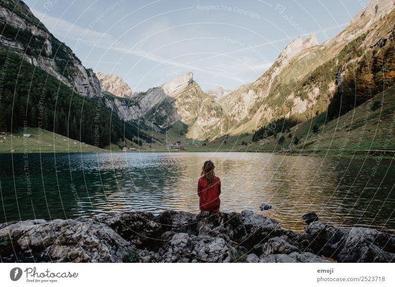 Seealpsee Freizeit & Hobby Ferien & Urlaub & Reisen Tourismus Ausflug Abenteuer Freiheit Berge u. Gebirge Mensch feminin Junge Frau Jugendliche 1 Umwelt Natur