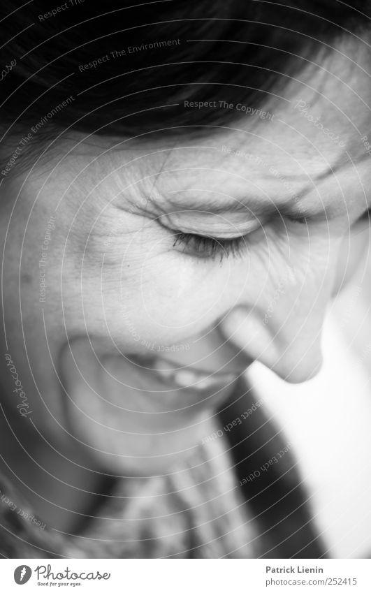:-) | Chamansülz Mensch feminin Frau Erwachsene Kopf 1 30-45 Jahre beobachten Lächeln lachen frech frei Freundlichkeit Fröhlichkeit frisch Glück schön