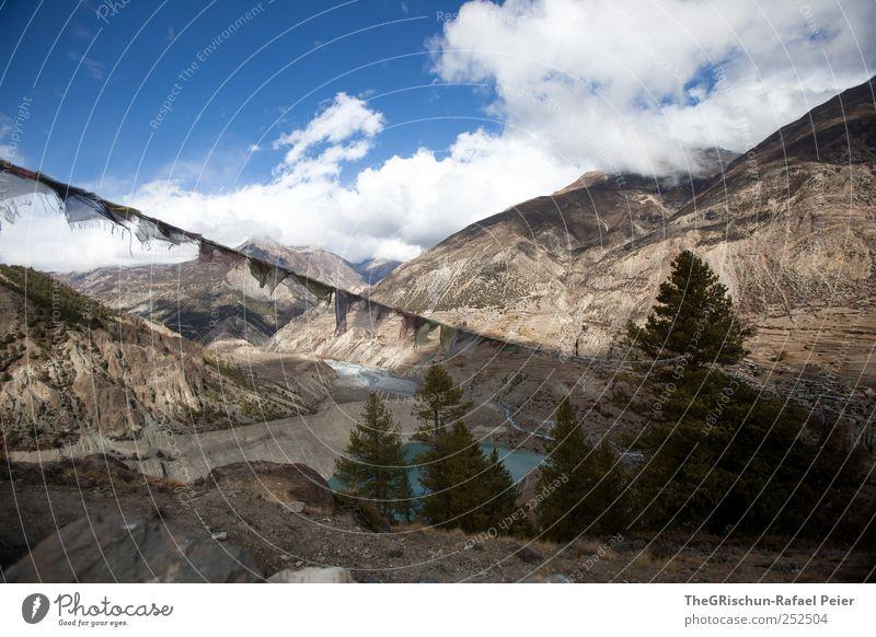 Nepal Umwelt Natur Himmel Wolken Horizont Felsen Berge u. Gebirge Gipfel See wandern Stein Gebetsfahnen Gletschersee Baum Himalaya Manang Trecking