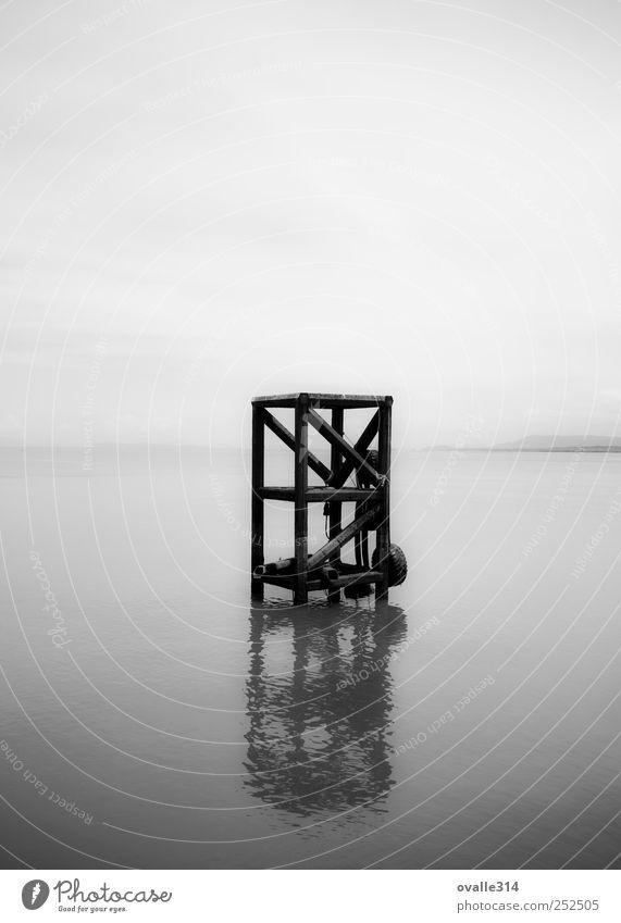 Wasser weiß Meer schwarz Ferne Landschaft Architektur Küste Horizont einfach Bauwerk Neugier Hafen Gelassenheit Schönes Wetter