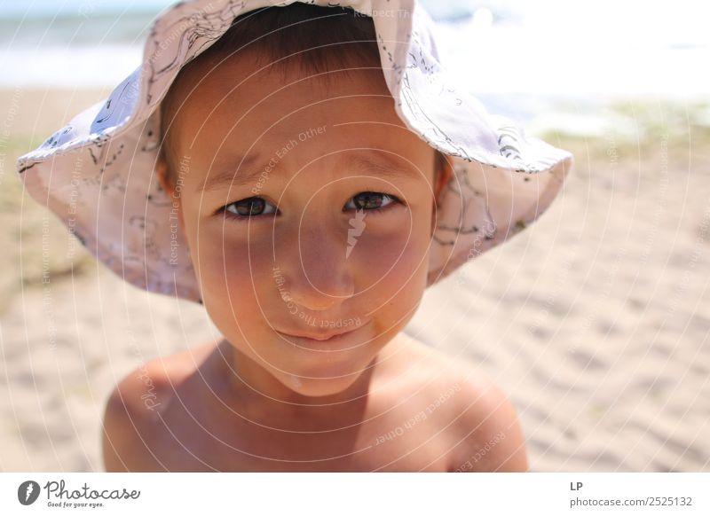 Ich sehe dich an. Lifestyle Freude Sonne Kindererziehung Bildung Mensch feminin Mädchen Eltern Erwachsene Geschwister Großeltern Senior Familie & Verwandtschaft