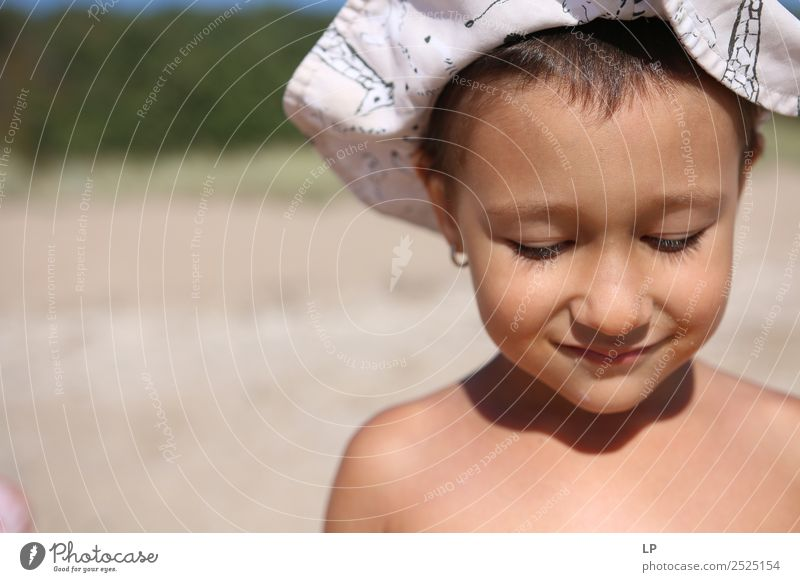 Kind Mensch schön Erholung ruhig Freude Mädchen Gesicht Lifestyle Erwachsene Leben Religion & Glaube feminin Gefühle Familie & Verwandtschaft Stimmung