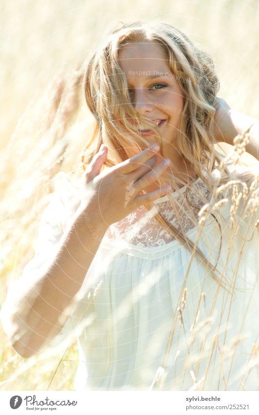 let´s have some fun Freude schön Haare & Frisuren Gesicht Leben Wohlgefühl Zufriedenheit Sommer Mensch feminin Junge Frau Jugendliche 1 18-30 Jahre Erwachsene