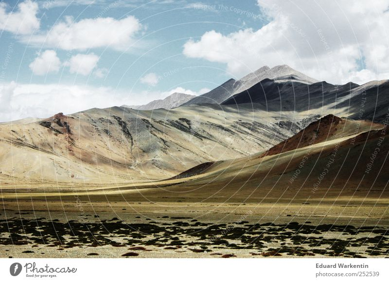 Dach der Welt Himmel Natur Wolken Ferne Umwelt Berge u. Gebirge Landschaft Luft Erde leer Asien Gipfel Indien Nepal Himalaya Ladakh