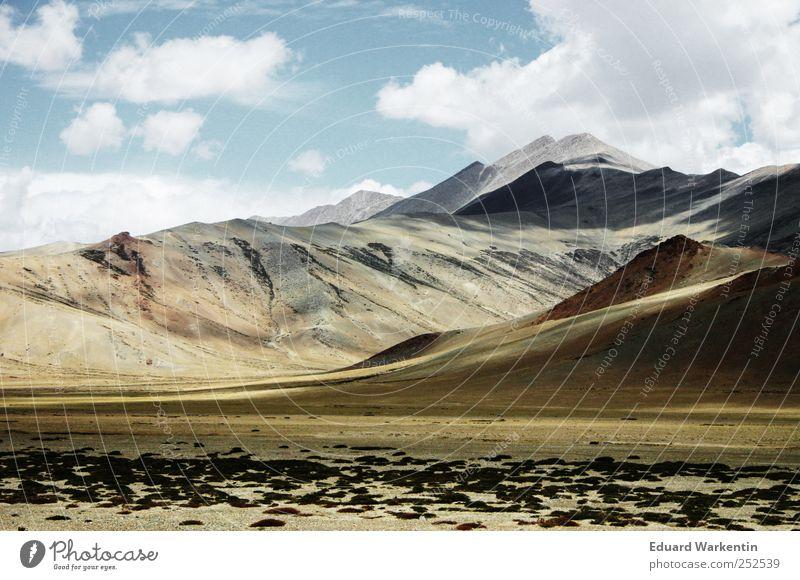 Dach der Welt Umwelt Natur Landschaft Erde Luft Himmel Wolken Berge u. Gebirge Gipfel Himalaya Indien Nepal Wolkenschatten Ferne leer Asien höhenluft Ladakh
