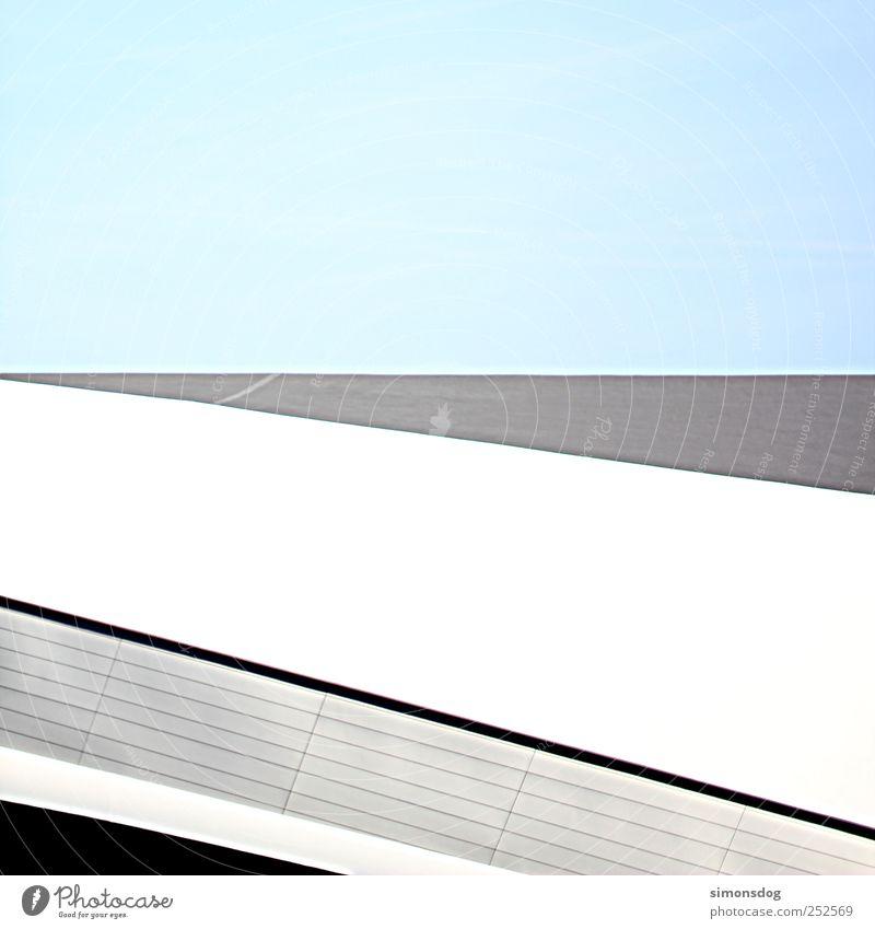 architektur Himmel weiß Haus schwarz kalt Wand Architektur Mauer Stein Gebäude Metall Linie elegant Fassade Beton