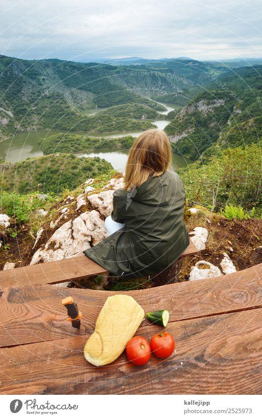 wanderslust Frau Mensch Natur Ferien & Urlaub & Reisen Landschaft Ferne Berge u. Gebirge Essen Lifestyle Erwachsene Gesundheit Umwelt feminin Tourismus Freiheit