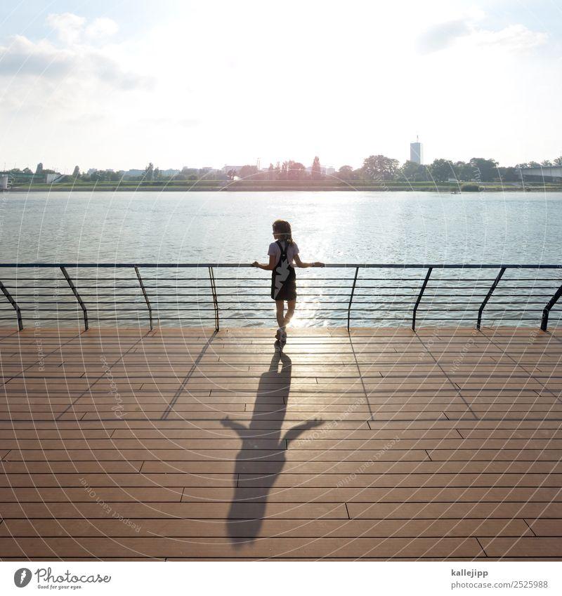 sunpoint Kind Mensch Ferien & Urlaub & Reisen Jugendliche Sommer Stadt Wasser Sonne Architektur Holz feminin Küste Tourismus Ausflug Körper 13-18 Jahre