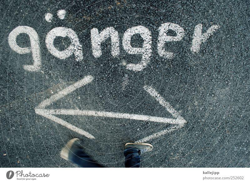 draufgänger Mensch Graffiti Bewegung Beine Fuß gehen laufen rennen planen Schriftzeichen Ziel Pfeil Zeichen Beratung Richtung links