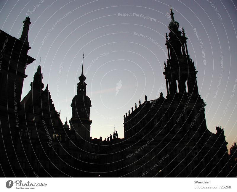 Dresden Sonnenuntergang Licht Kultur Hofkirche Club Abend Burg oder Schloss