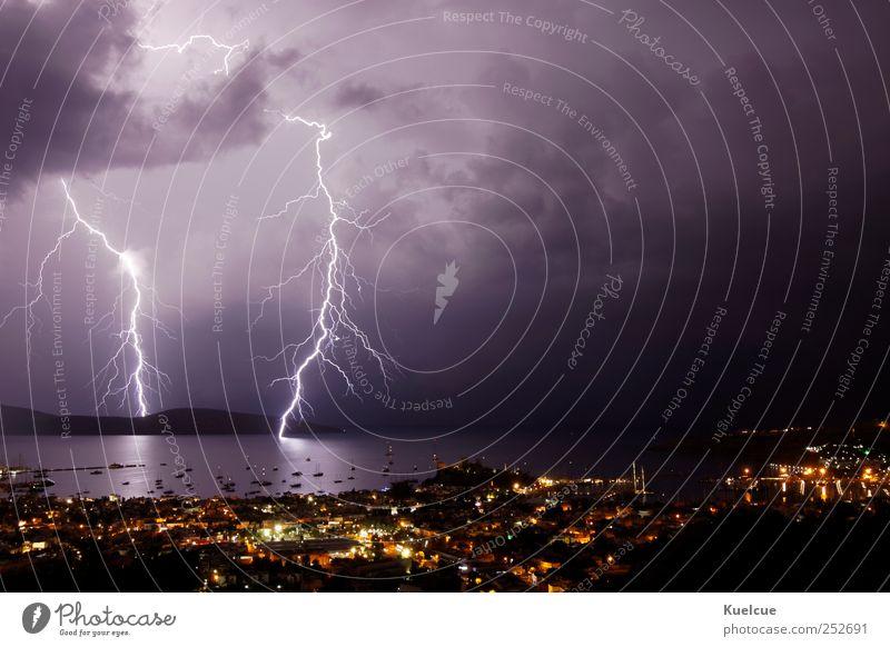Unwetter Himmel Natur Wasser Meer Wolken Haus Landschaft Küste Wetter Wasserfahrzeug Energie Elektrizität Sturm Blitze Bucht
