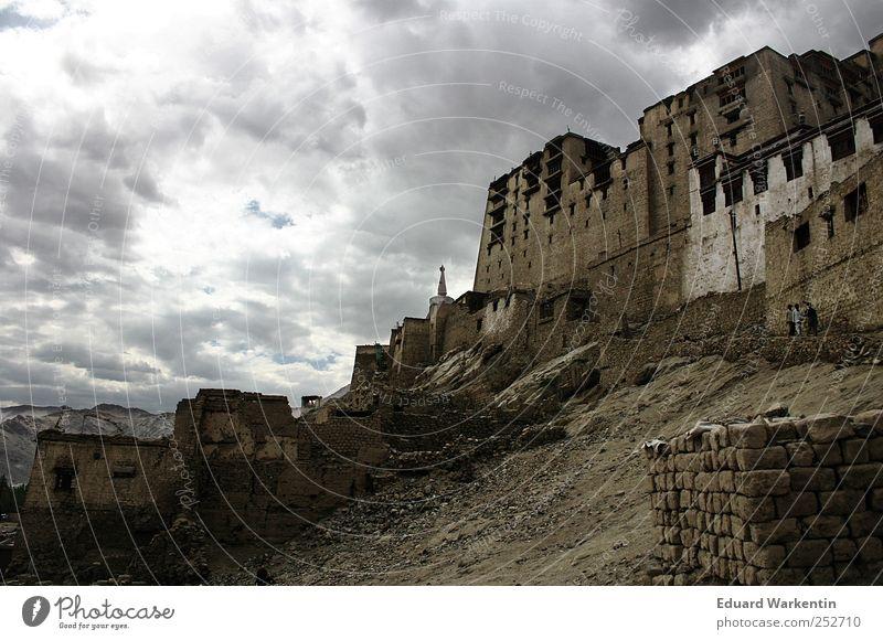 Leh Wolken Gewitterwolken Ferien & Urlaub & Reisen Ladakh Jammu, Ladakh, Kaschmir Asien Stein Felsen Berge u. Gebirge dunkel Gebäude Tempel Architektur Indien