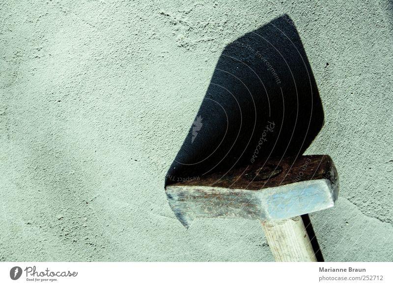 Holzspalter schwarz grau Metall Beton liegen gefährlich retro Stahl Teilung Werkzeug Eisen Zerstörung Griff Hammer