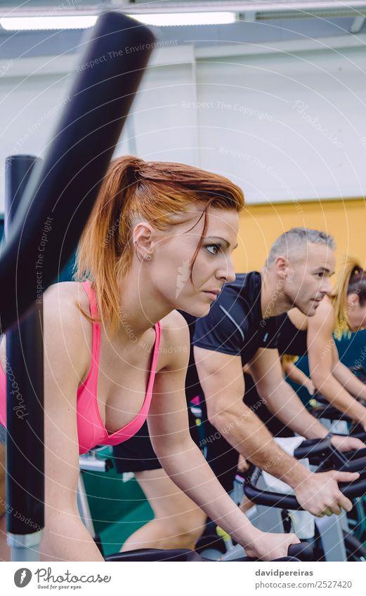 Frau Mensch Mann schön Erotik Gesicht Lifestyle Erwachsene Sport Menschengruppe Freizeit & Hobby Körper Kraft Aktion authentisch Fitness