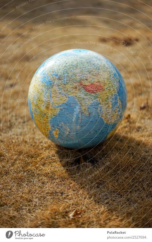 #S# Trockenheit I Umwelt Klima Klimawandel Wetter Sorge Erde Globus Dürre verbrannt Stroh gießen Planet Klimaschutz Gras Kreativität Farbfoto Außenaufnahme