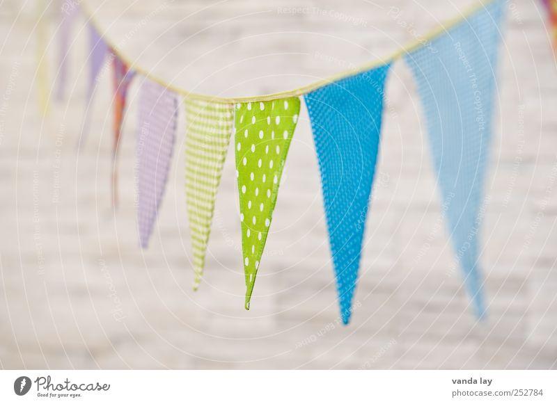 Happy Birthday Freizeit & Hobby Spielen Häusliches Leben Wohnung Raum Kinderzimmer Feste & Feiern Geburtstag Taufe Farbe Wimpelkette Fahne Punkt selbstgemacht