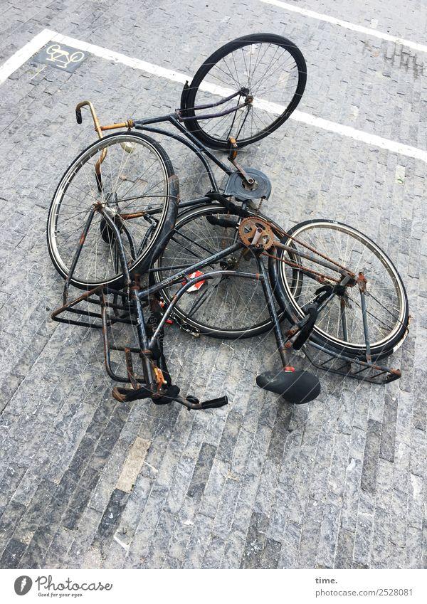 komplexe Materie Amsterdam Platz Verkehr Verkehrswege Fahrradfahren Straße Wege & Pfade Stein Linie Streifen liegen lustig rebellisch trashig Stadt verrückt