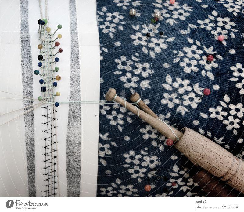 Klöppelmuster Kunst Klöppeln Textilien Handarbeit Stecknadel Nähgarn klein nah Vorsicht Gelassenheit geduldig ruhig Selbstbeherrschung fleißig diszipliniert