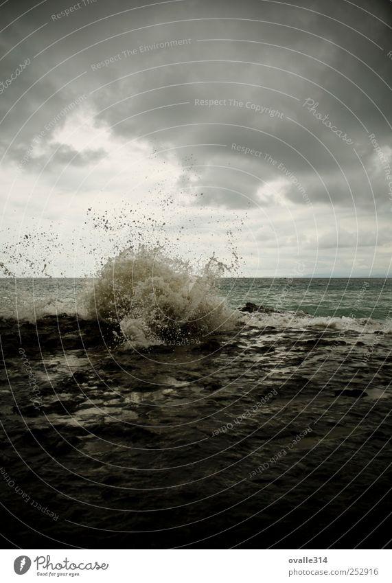 Punta Leona Natur Wasser Wassertropfen schlechtes Wetter Unwetter Strand Meer Pazifik Puntarenas Bewegung Aggression Ferne Flüssigkeit nass schön blau grau