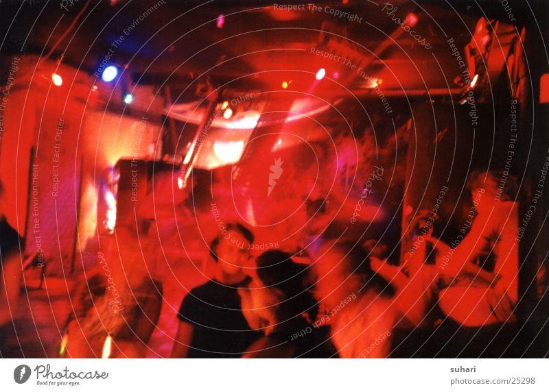 Kneipenabend Gastronomie Party Nacht Nachtleben trinken Menschengruppe Lomografie Partygast