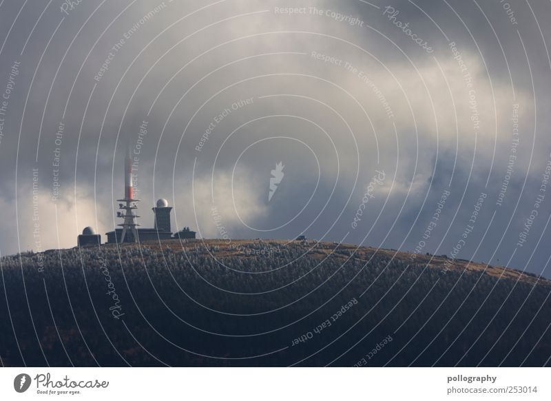 on top of the world Berge u. Gebirge Technik & Technologie Fortschritt Zukunft Informationstechnologie Funkturm Funkgerät Natur Landschaft Erde Luft Himmel