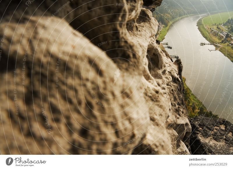 Elbe bei Rathen Erholung Kur Freizeit & Hobby Ferien & Urlaub & Reisen Tourismus Ausflug Berge u. Gebirge Klettern Bergsteigen Umwelt Natur Landschaft Sommer