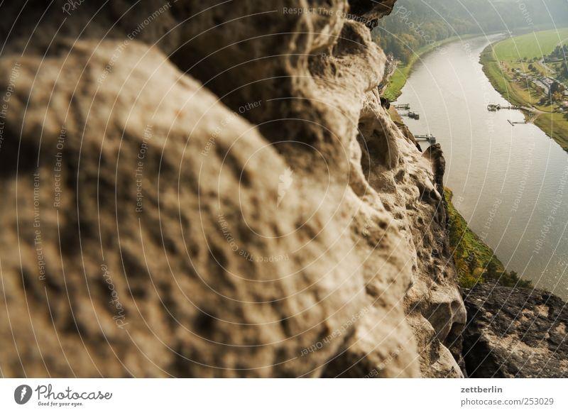 Elbe bei Rathen Natur Ferien & Urlaub & Reisen Sommer Erholung Landschaft Berge u. Gebirge Umwelt Herbst Felsen Freizeit & Hobby Tourismus Wetter Ausflug Klima