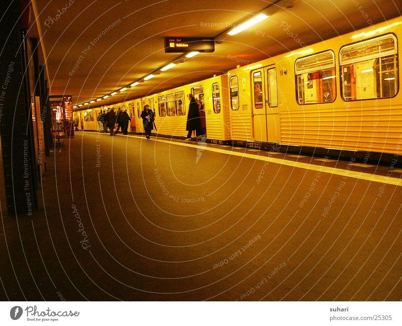 u-bahn station I Stadt Berlin Verkehr Eisenbahn Güterverkehr & Logistik U-Bahn Untergrund Potsdamer Platz
