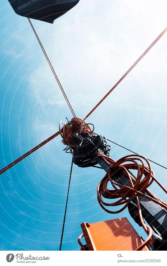 mobile ampelanlage Himmel blau Straße Wege & Pfade orange Verkehr Technik & Technologie Schönes Wetter Sicherheit Kabel Ziel Wolkenloser Himmel chaotisch