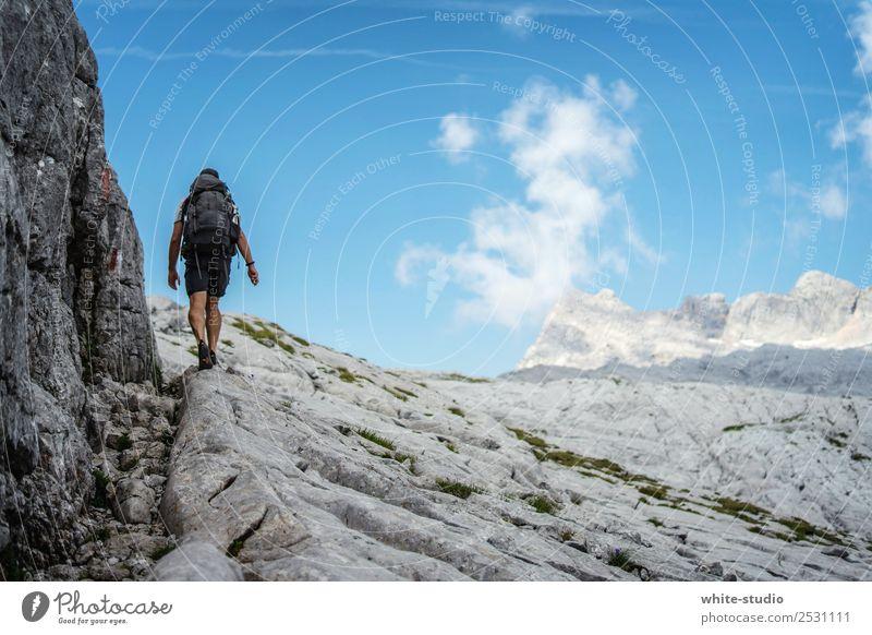 Stony Ways Ferien & Urlaub & Reisen Mann Sommer Berge u. Gebirge Erwachsene Sport Tourismus Freiheit Ausflug Felsen wandern Abenteuer Fitness Fußweg Alpen