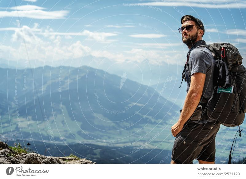 Wanderlust Natur Ferien & Urlaub & Reisen Mann Sommer Erholung ruhig Ferne Berge u. Gebirge Erwachsene Sport Tourismus Freiheit Ausflug wandern Abenteuer