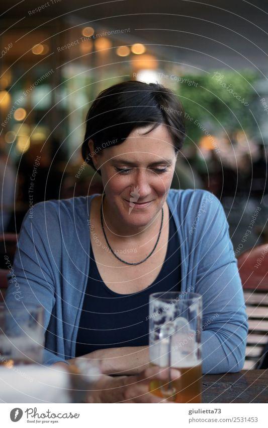 Endlich ein Feierabend-Bier... | UT Dresden Freizeit & Hobby Restaurant ausgehen feminin Frau Erwachsene Leben 1 Mensch 30-45 Jahre 45-60 Jahre brünett