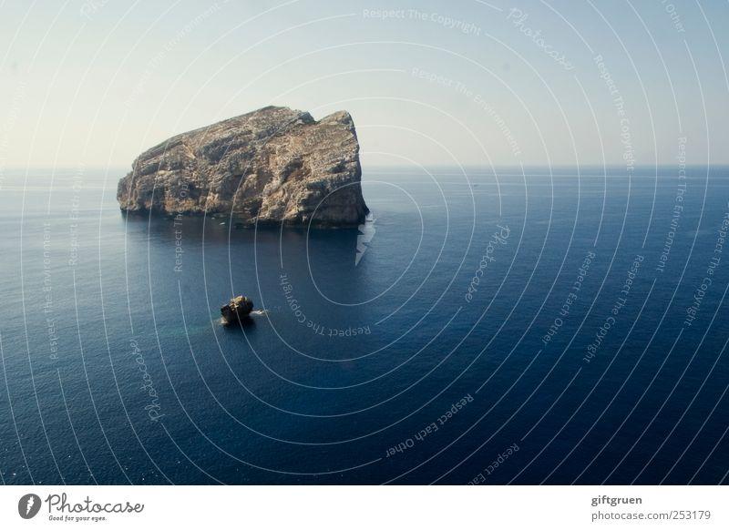 when all is quiet Himmel Natur Wasser blau Meer ruhig Umwelt Landschaft Wetter Wellen Erde Horizont Hintergrundbild Felsen groß Insel