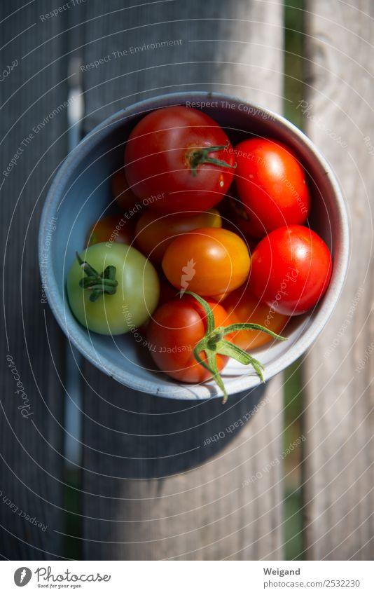 Rotmond Lebensmittel Gemüse Salat Salatbeilage Ernährung Bioprodukte Vegetarische Ernährung Slowfood kaufen rot Tomate Sommer Ernte reif Farbfoto