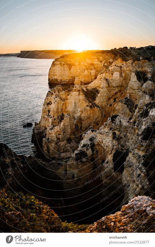 Sonnenuntergang über den Klippen Ferien & Urlaub & Reisen Ausflug Abenteuer Ferne Freiheit Expedition Sommer Sommerurlaub Strand Meer Umwelt Natur Landschaft