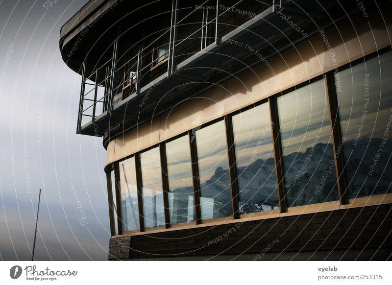 Da lacht das Panorama Himmel Natur Ferien & Urlaub & Reisen Winter Wolken Haus Landschaft Fenster Schnee Wand Berge u. Gebirge Architektur Mauer Gebäude Wetter
