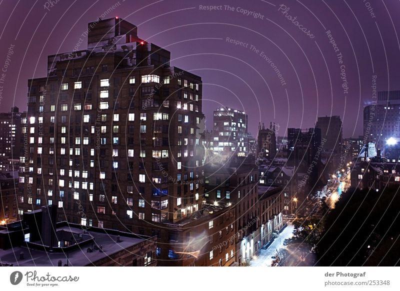 Big City Life Stadt Haus Straße Architektur Gebäude Abenteuer Hochhaus Verkehr Dach Bauwerk Stadtzentrum Hauptstadt Nachtleben bevölkert beleben