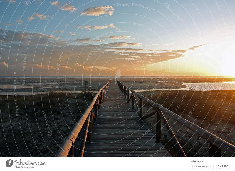 Beachwalk Himmel Natur Ferien & Urlaub & Reisen Strand Meer Wolken Freiheit Wege & Pfade Romantik Sehnsucht Geländer Lebensfreude Schönes Wetter Gedanke