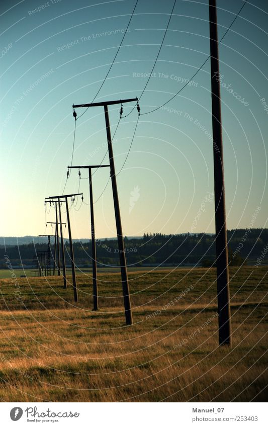 ENERGIEWENDE Natur alt Landschaft Umwelt Energiewirtschaft Feld Technik & Technologie Geschwindigkeit Zukunft Telekommunikation Industrie Hügel Landwirtschaft